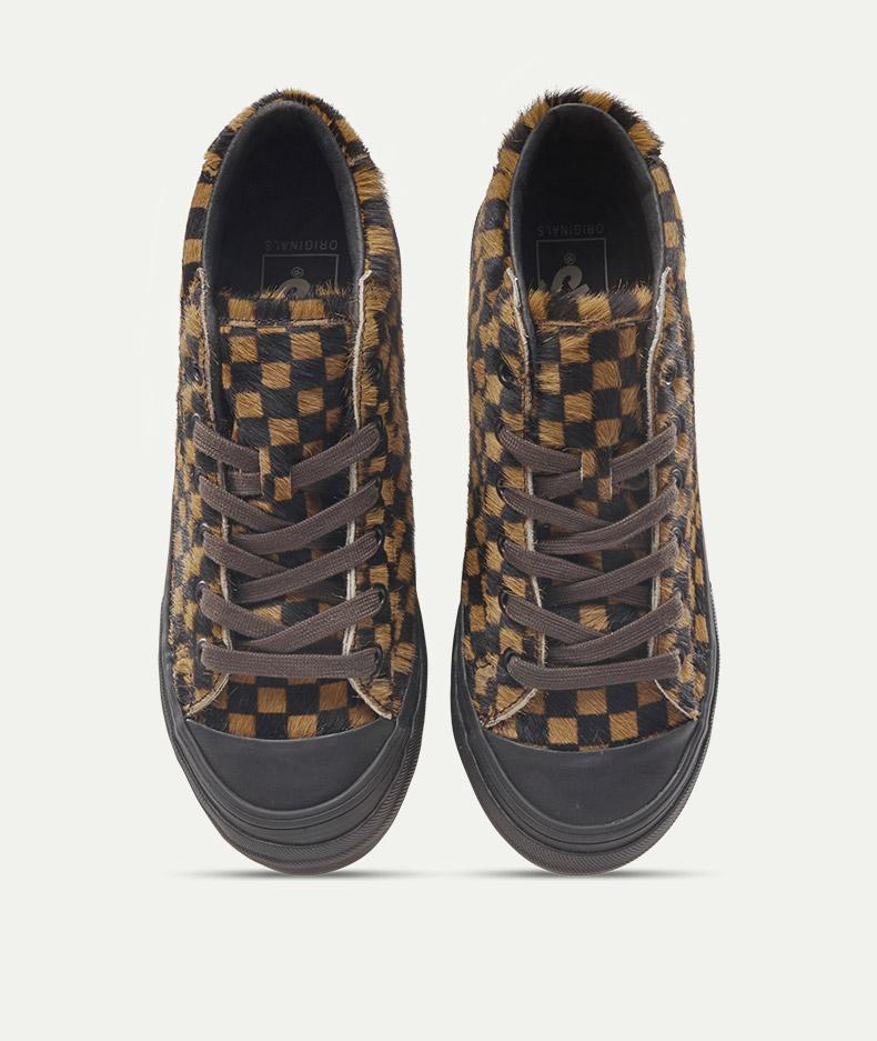 用经典的vans鞋带系法,会有更时尚的敢接